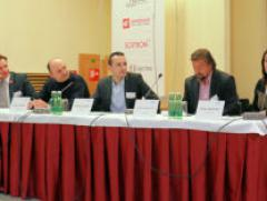 Panelová diskusia: Líniový verzus projektový manažment